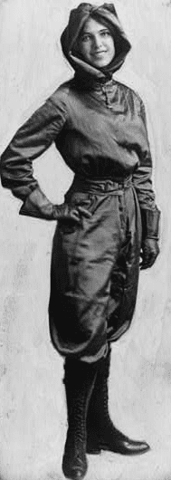 Photo: Harriet Quimby in 1911