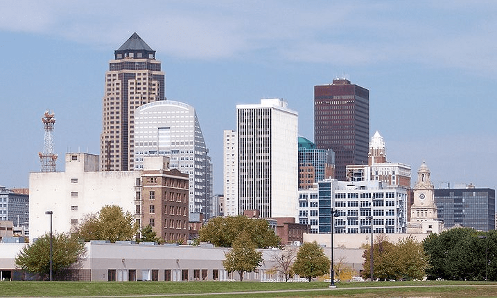 Photo: Des Moines, Iowa's capital and largest city