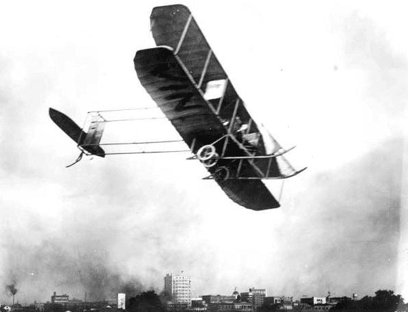 "Photo: a 1912 model ""B"" Wright, 40 HP airplane, Tampa, Florida, c. 1910"