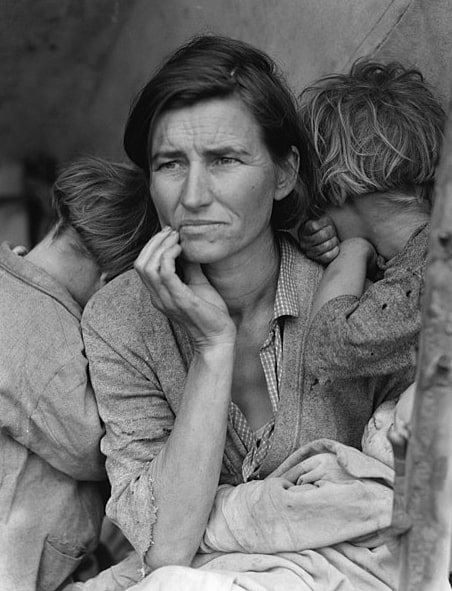 """Photo: Dorothea Lange's """"Migrant Mother"""" depicts destitute pea pickers in California, centering on Florence Owens Thompson, age 32, a mother of seven children, in Nipomo, California, March 1936"""