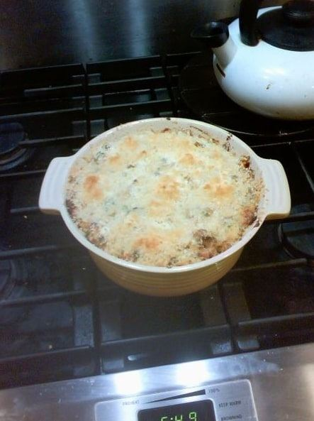 Photo: tuna casserole is a casserole mainly composed of egg noodles and canned tuna fish, with canned peas and corn sometimes added