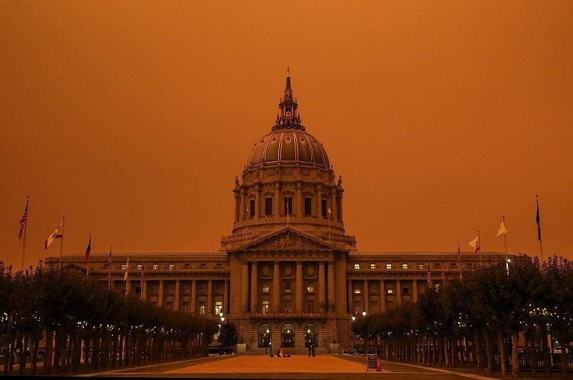 Photo: an all-day red sky over San Francisco's City Hall due to the raging wildfires on 9 September 2020. Credit: Misti Layne (https://www.mistilayne.com/)