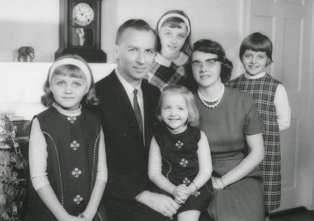 Photo: Ruthie Stearns with her sisters, father Rev. Howard Oliver Stearns, and mother Barbara Dorcas Holmes Stearns, descendants of Richard Warren, Francis Cooke, John Alden and Pricilla Mullins, at their home in Danvers, Massachusetts, 1966