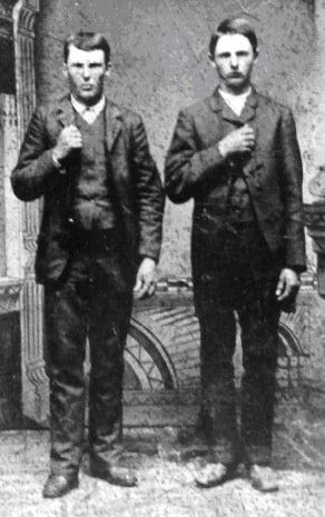 Photo: Jesse (25) and Frank James (29) in 1872, Carolinda, Illinois