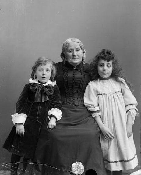 """Photo: """"Estes Children & Grandmother,"""" c. 1892"""