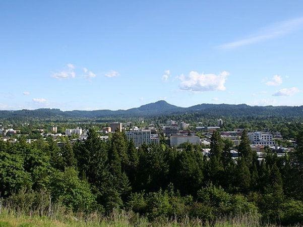 Photo: Eugene, Oregon. Credit: Lauram12345; Wikimedia Commons.
