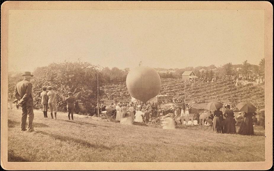 Photo: Prof. James K. Allen's balloon in Newbury in 1891