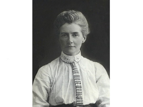 Photo: Edith Cavell. Credit: Wikimedia Commons.