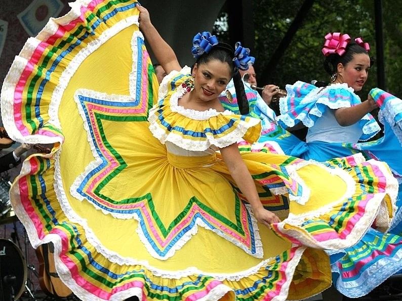 Photo: dancers at the annual Cinco de Mayo Festival in Washington, D.C.