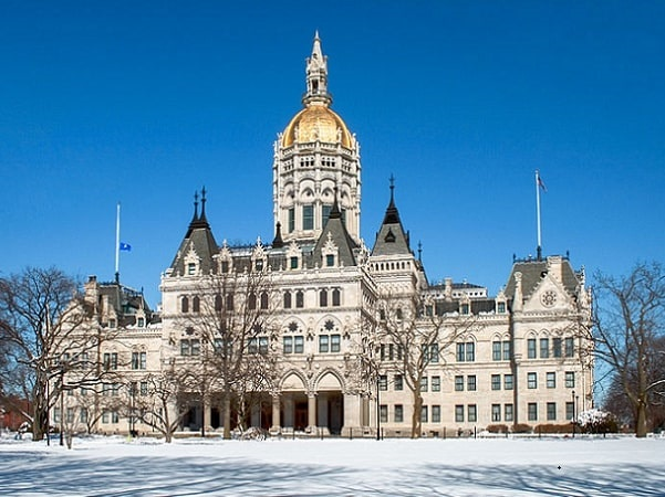 Photo: the Connecticut State Capitol in downtown Hartford. Credit: Ragesoss; Wikimedia Commons.
