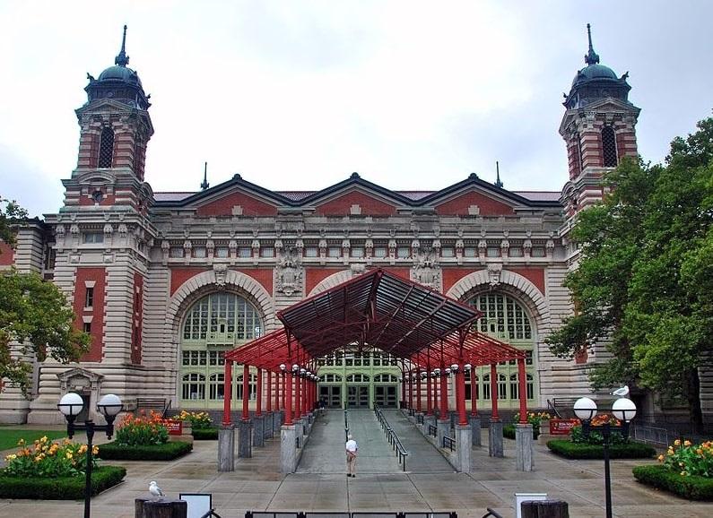 Photo: Ellis Island Immigration Museum entrance