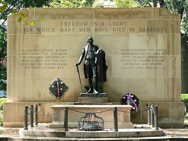Photo: the Tomb of the Unknown Revolutionary War Soldier in Washington Square, Philadelphia, Pennsylvania. Credit: Ken Thomas; Wikimedia Commons.