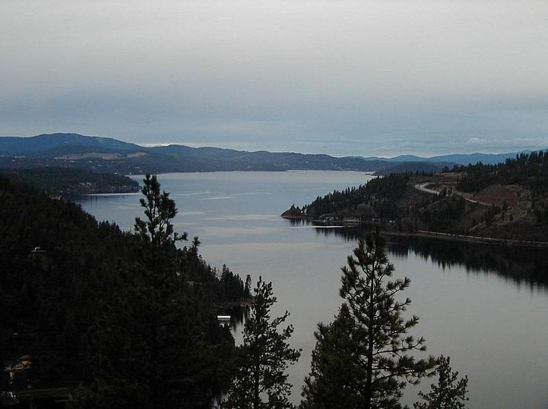 Photo: Lake Coeur d'Alene in north Idaho
