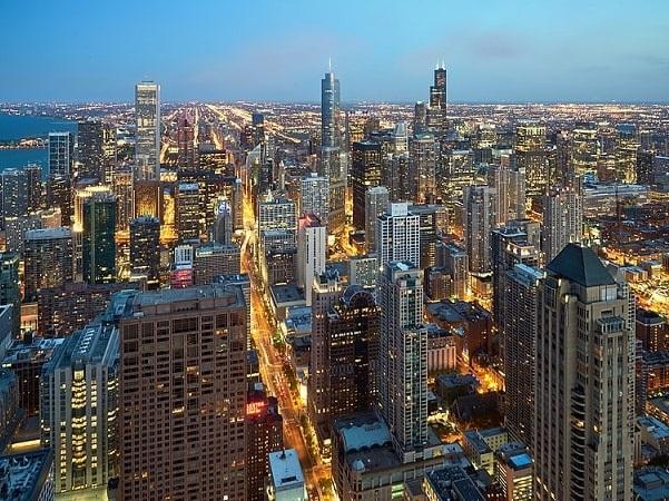 Photo: Chicago, Illinois. Credit: Pedro Szekely; Wikimedia Commons.
