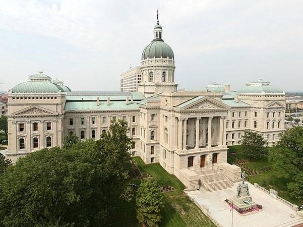Photo: Indiana State Capitol, Indianapolis, Indiana. Credit: Massimo Catarinella; Wikimedia Commons.