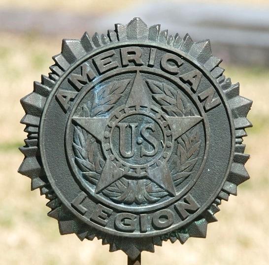 Photo: American Legion grave marker. Credit: Gary W. Clark, PhotoTree.com.