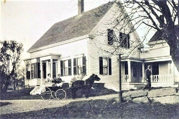 Photo: Hart house in Essex, Massachusetts
