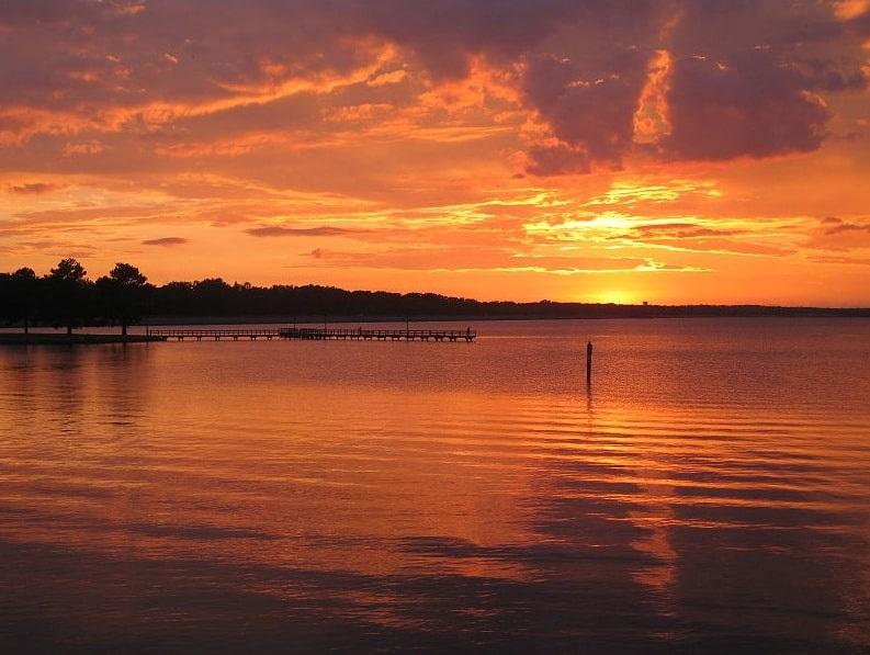 Photo: the Ross Barnett Reservoir at sunset, Brandon, Mississippi